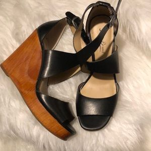 Lucky Brand Black Leather Lyndell Wedge Sandal 7.5